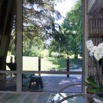 Панорамен прозорец във вила сауна от НП Архитекти